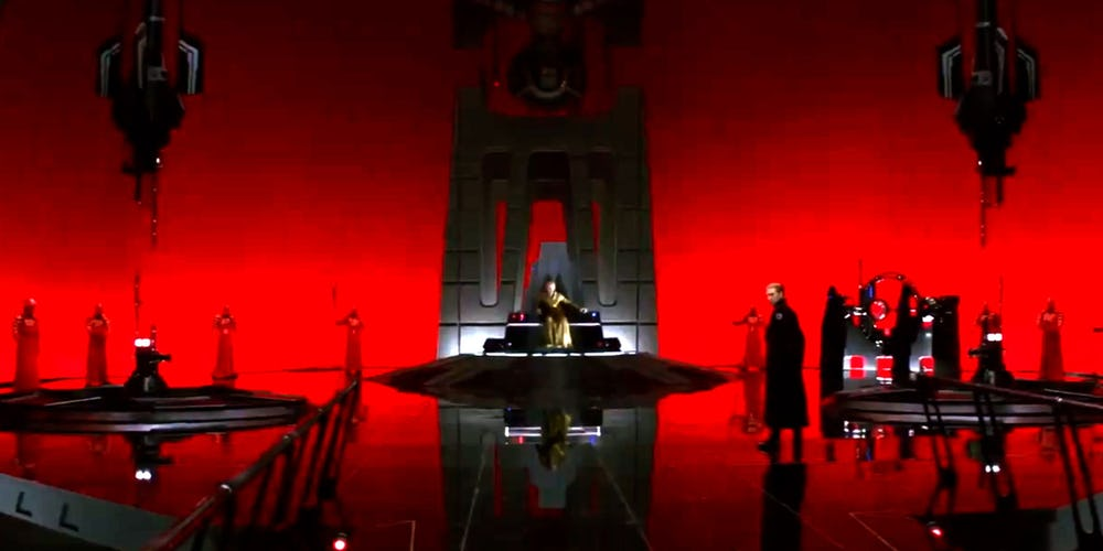 Star-Wars-Snoke-Throne-Room