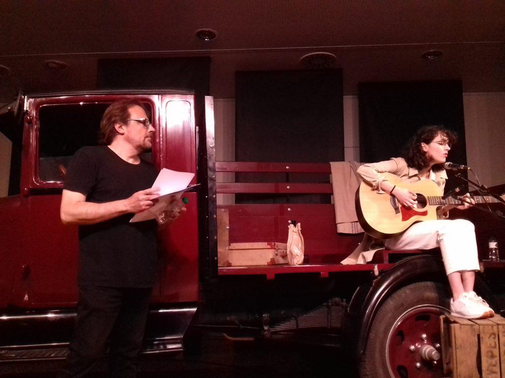 Núria Graham Jordi Vidal Confert Woody Guthrie