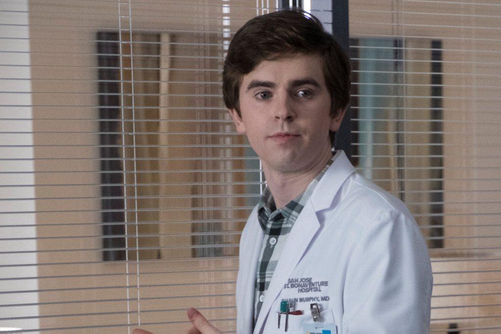 Fotograma de la serie The Good Doctor, su protagonista tiene autismo