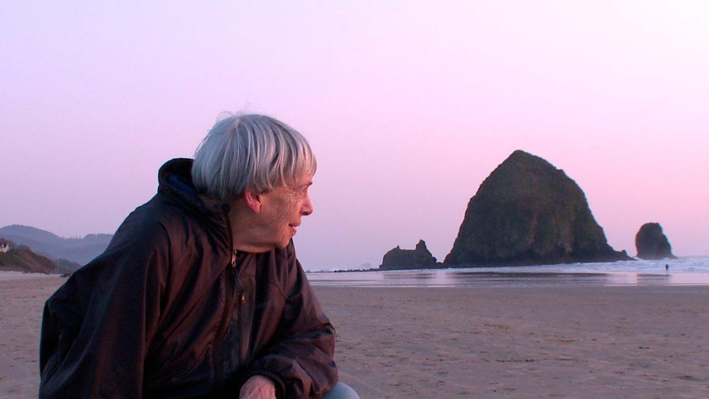 foto de la escritora Ursula K. Le Guin en el documental sobre ella que se pasado en la Mostra de Films de Dones