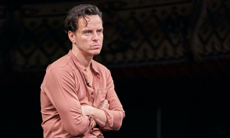 Imagen de Andrew Scott durante la obra de teatro Three Kings
