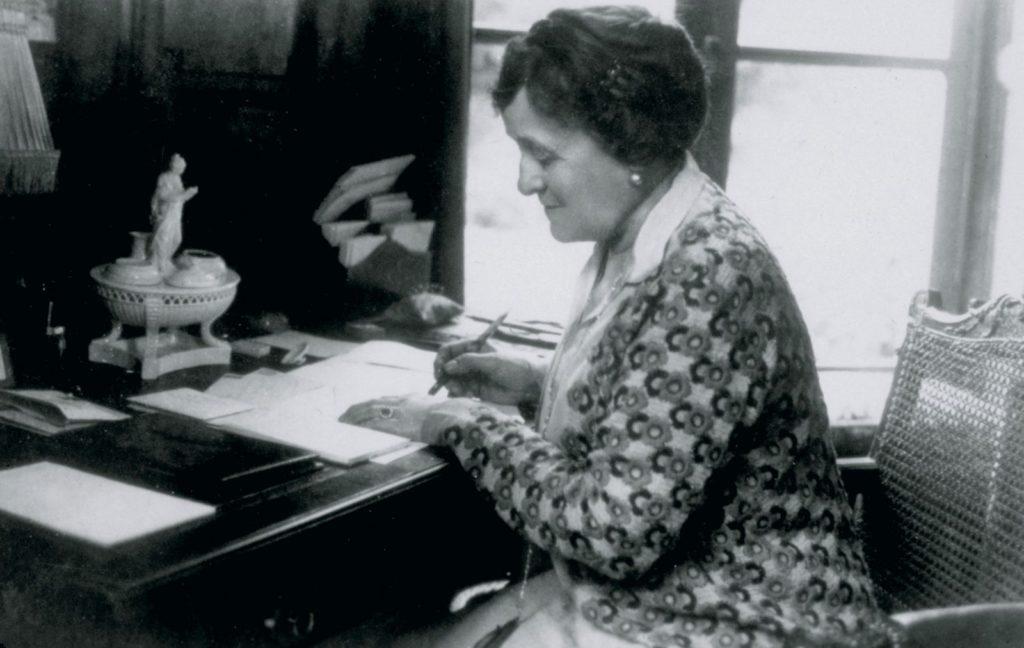 Retrato de la escritora Edith Wharton autora de Las costumbres del país